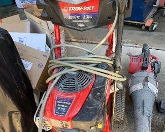 Troy-built pressure washer