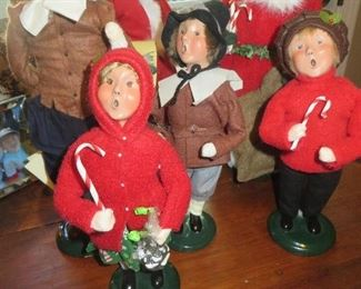 Byers Choice Holiday Carolers
