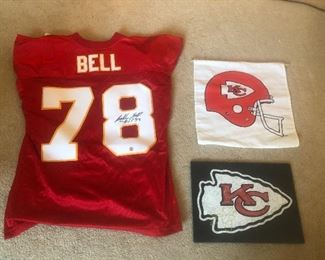 Bobby Bell and Eric Berry signatures