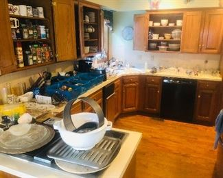Huge Selection of Kitchen items