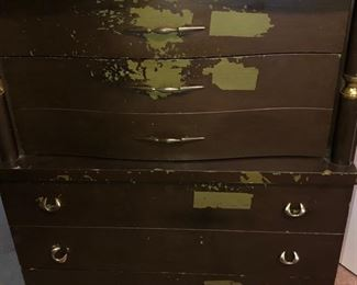 Wooden 6 drawer chest of drawers