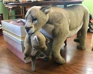 Avanti...... stuffed mama and baby.