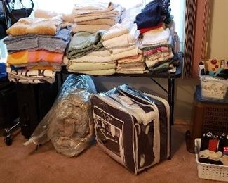Blankets, Linens, Towels and Comforters
