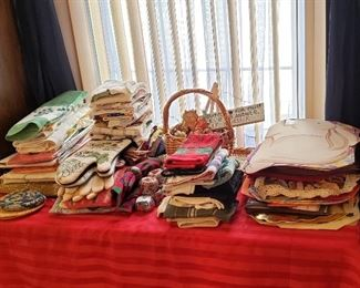 Everyday and Holiday Linens