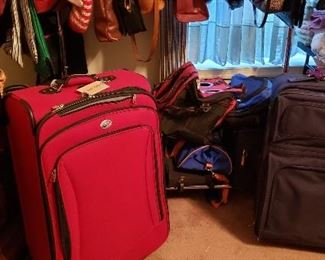 Luggage and Traveling Bags