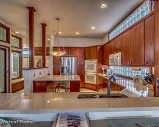 Paradise Dr custom kitchen