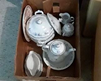 Fine china and tea sets