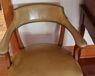 Leather seat (2)