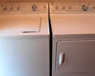Excellent condition GE Washer and Dryer Set.