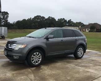 2010 Ford edge excellent condition top of the line
