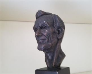 Lincoln sculpture in bronzed plaster