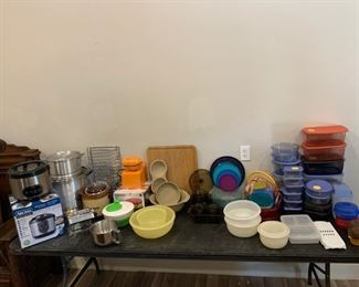 Kitchen Items: rice cooker x2, Tupperware, Pampered Chef, wood cutting board, tamale steams pots