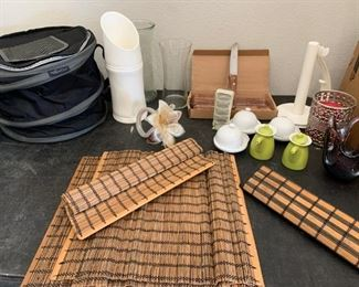 Kitchen Items: Pampered Chef round insulated collapsible cooler, a decorative vase, set of 12 steak-house knives, misc items