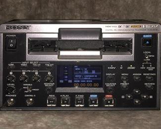 SONY HVR-1500 DVcam 1/2-Rack Studio Editing Player / Recorder