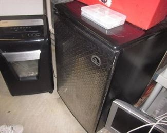 Small College/Bar Refrigerator