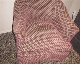 Swivel Seating
