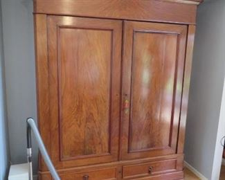 Antique walnut Dutch 2-door wardrobe