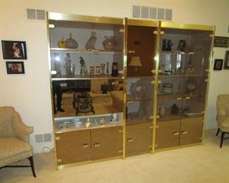Great display wall unit. Can be sold now but removed later