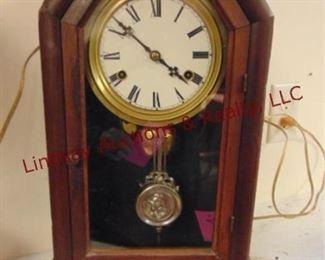 LOT 6 CLOCK