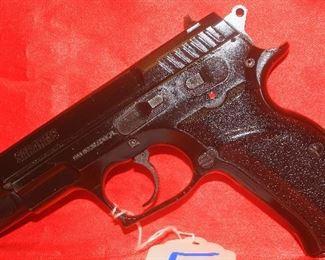 5SAR ARMSSAR B6 HAWK9MMAUTO1-MAG