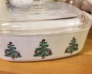 Corning Ware  Christmas Tree from the Deck The Halls Halls Pattern