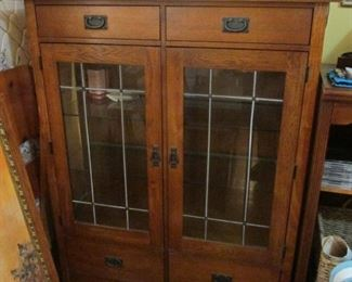 Bassett China Cabinet with Glass Shelves