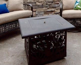 Coral Coast Sherwood Square Gas Fire Table with cover--Still new (never used)