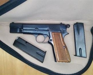 FN Browning Hi Power, Collectors grade, PPGS 95%, 1968 T-series.