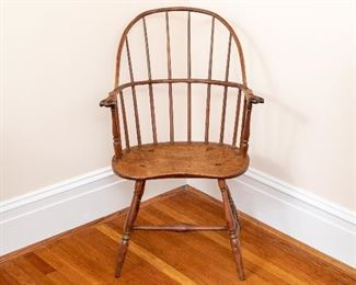 Antique American Windsor Sack Back Chair, Knuckle Arms And Saddle Seat.