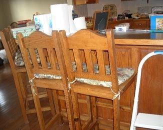 Set of 4 matching bar stools