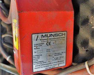 Munsch extrusion welder