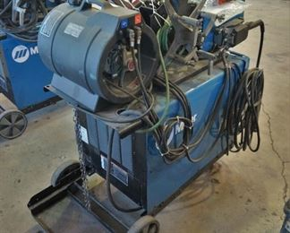 Miller Dimension NT 450 with wire feeder and dual spool