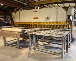 """Pacific hydraulic shear - model 375R22 - cuts up to 3/8"""" by 22'"""