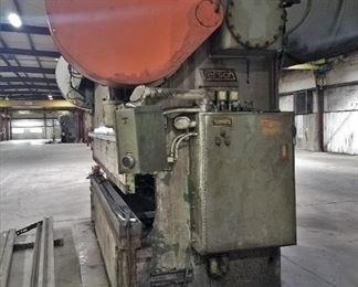 Verson B-910-200V mechanical press brake