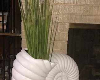 Super cool seashell Potter