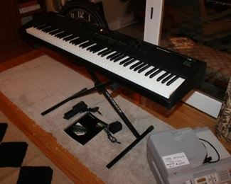 Kurzweil PC88 keyboard w/ stand and accessories