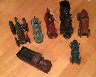 7 Antique Cars and Trucks https://ctbids.com/#!/description/share/272997