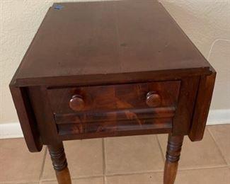 Side Table https://ctbids.com/#!/description/share/273052