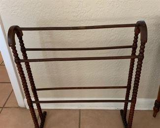 Vintage Quilt Rack https://ctbids.com/#!/description/share/273057