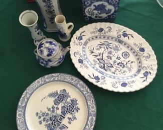 Blue and White Collection https://ctbids.com/#!/description/share/273010