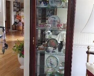 Jasper Cabinet Co. Small 5 Shelf Curio Cabinet $300