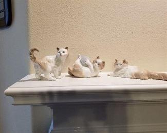 Lladro Nao Kitten Figurines