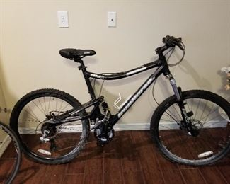IronHorse Maverick Mountain Bike with shock absorbing suspension