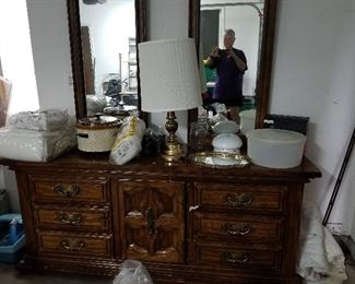 Dresser with 2 mirrors and center section door opens for more drawers