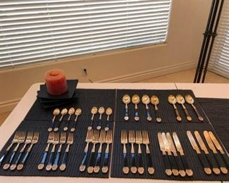 Black and Gold Colored Cutlery Set