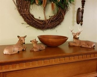 Family of whitetails