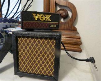 Vox mini speaker