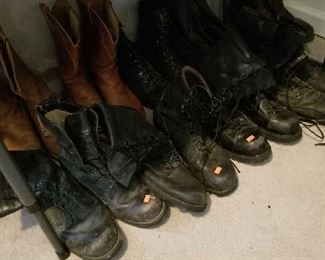 Work and military boots.. well kept.. great for winter and hiking use