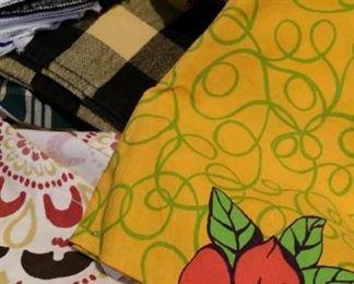 cotton napkins, sustainable alternative to paper!