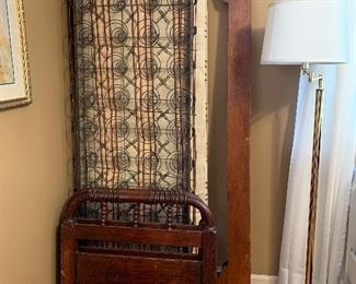 """#31Antique daybed/toddler bed with rails, mattress and metal box springs 74""""x27.5"""""""